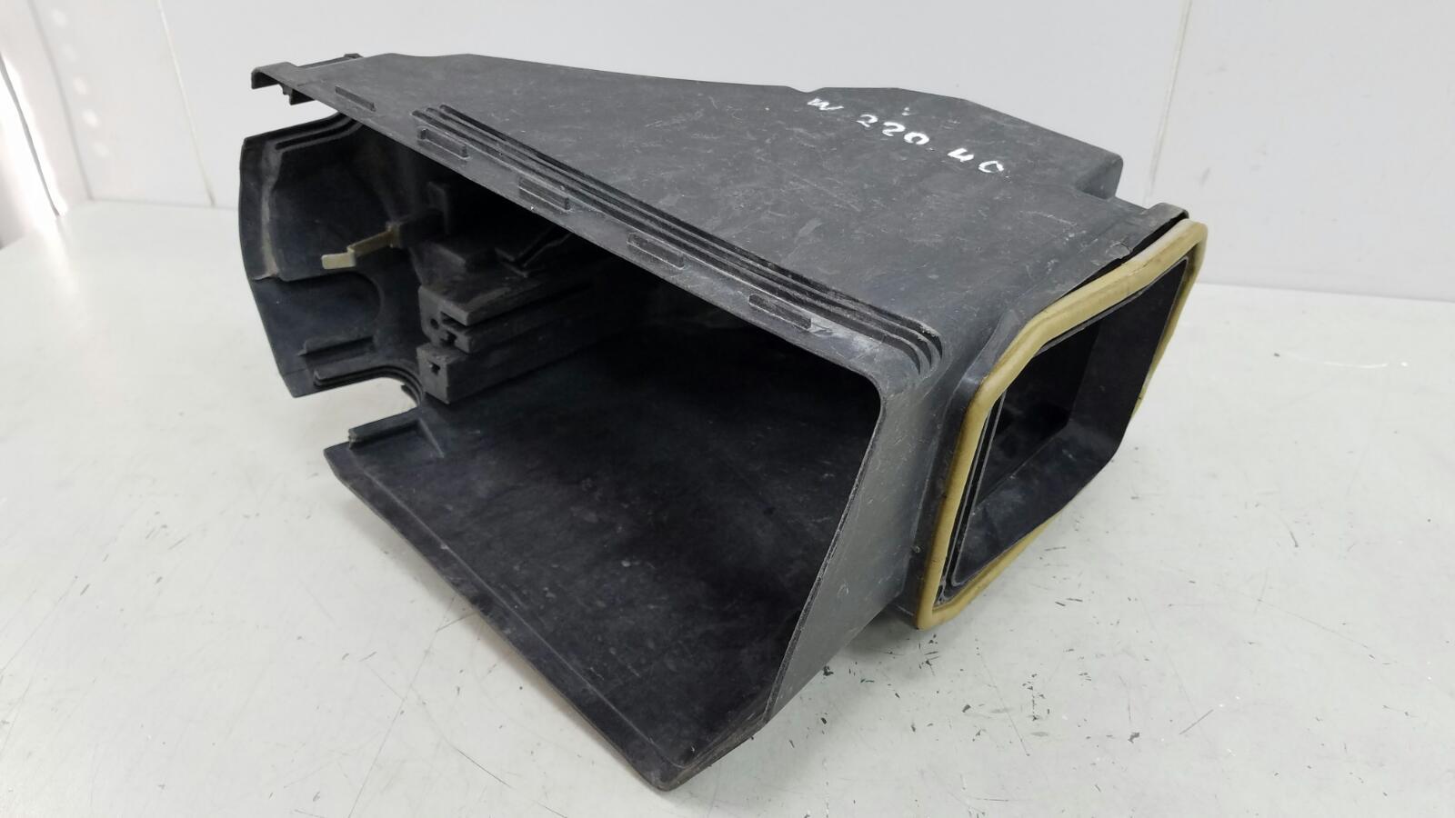 Корпус блока предохранителей Mercedes S320 Cdi W220 OM 613.960 2000