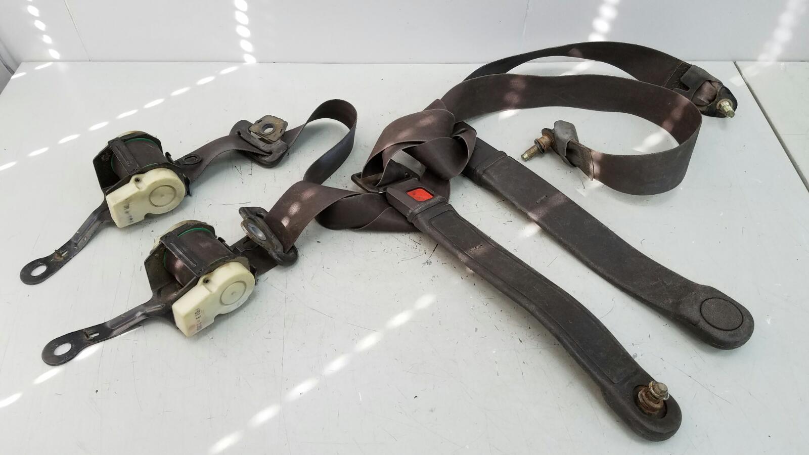 Комплект ремней безопастности Toyota Sprinter AE81 3ALU 1.5Л 1986