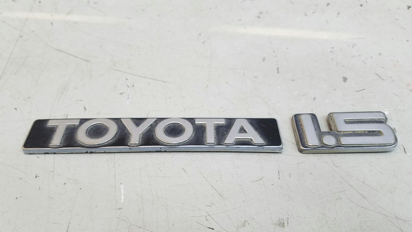 Эмблема Toyota Sprinter AE81 3ALU 1.5Л 1986