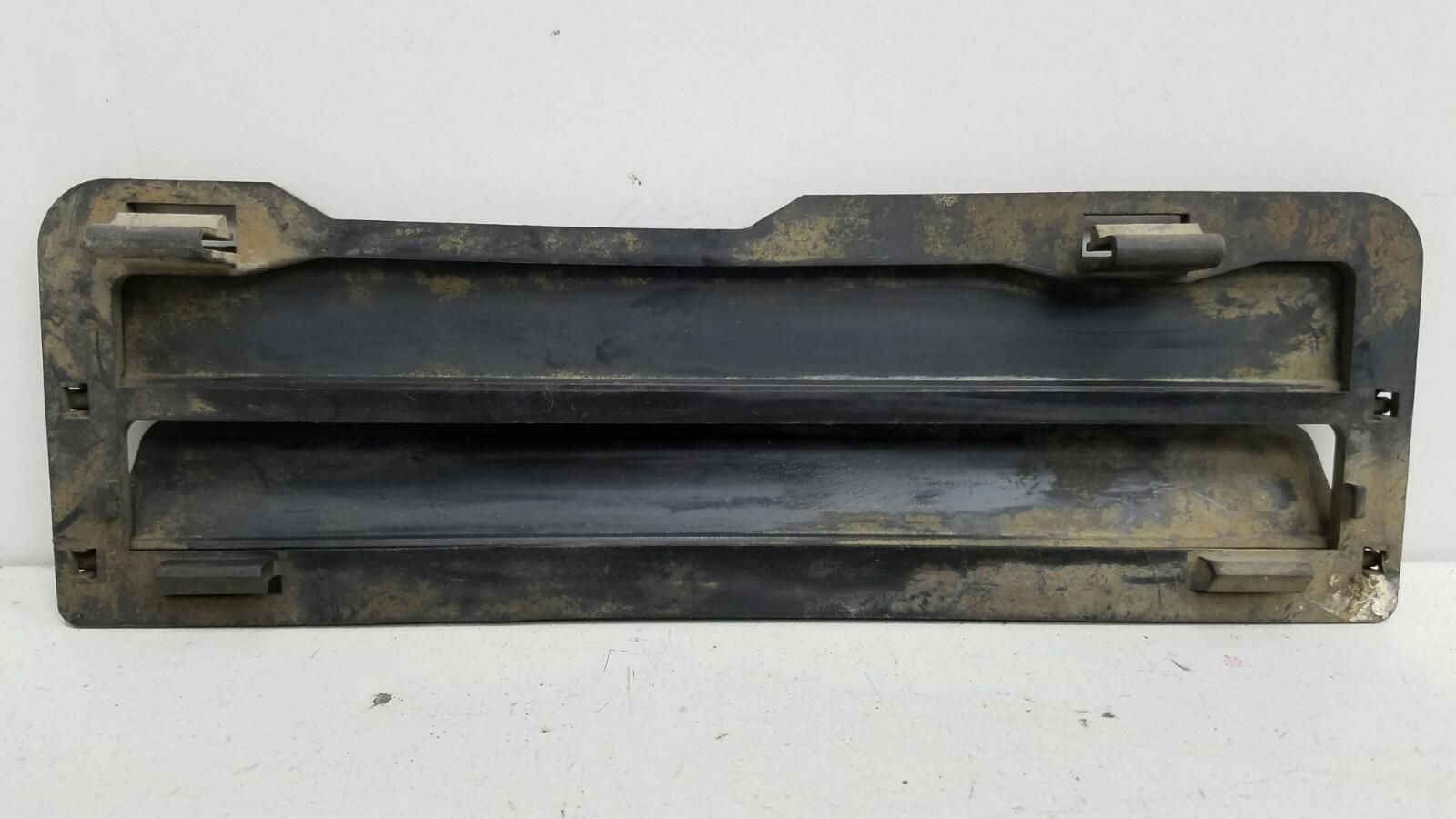Клапан вентиляции багажника Audi A4 B5 AEB 1998