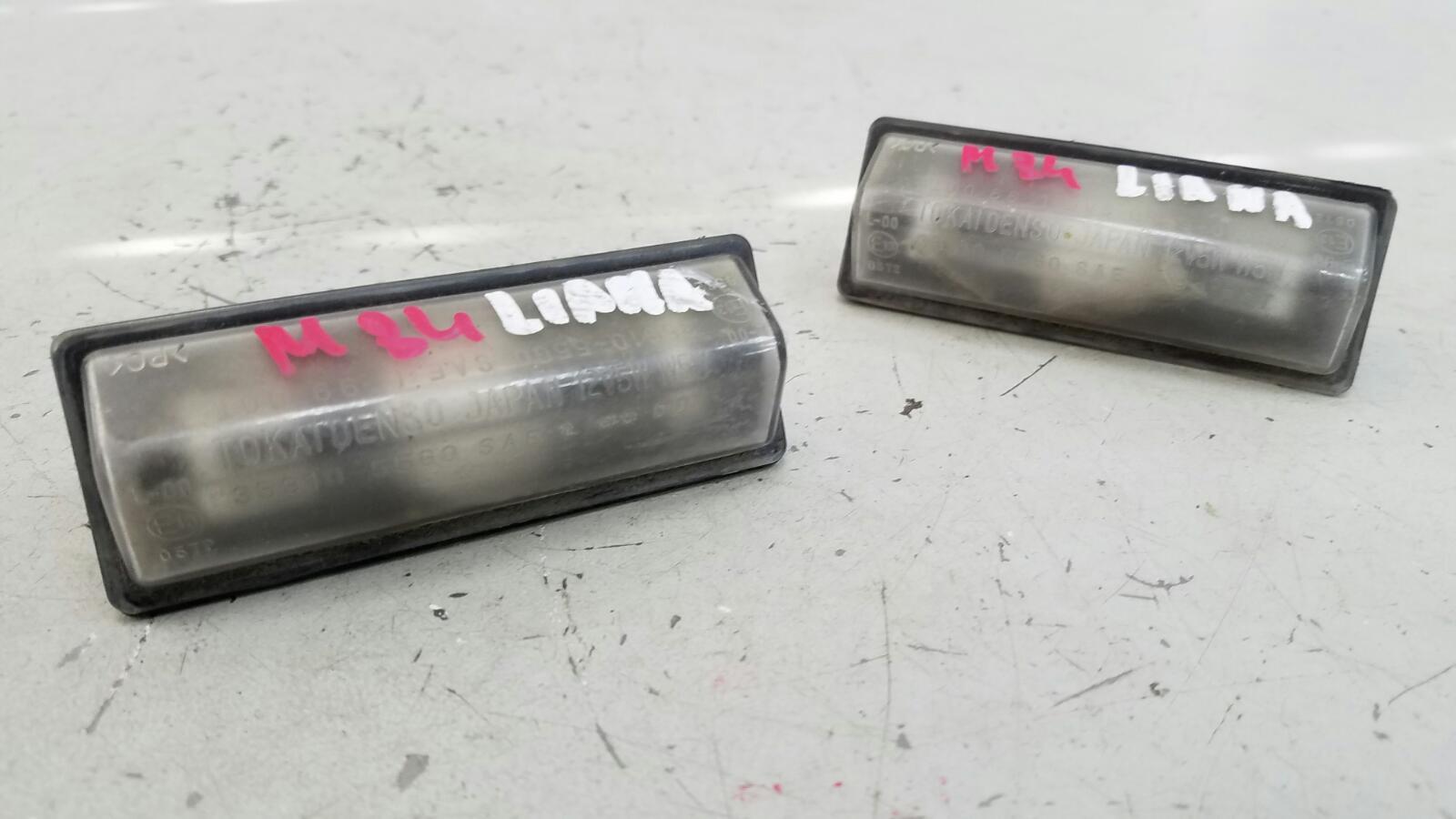 Плафон подсветки заднего номера Suzuki Liana ER M16A 2007