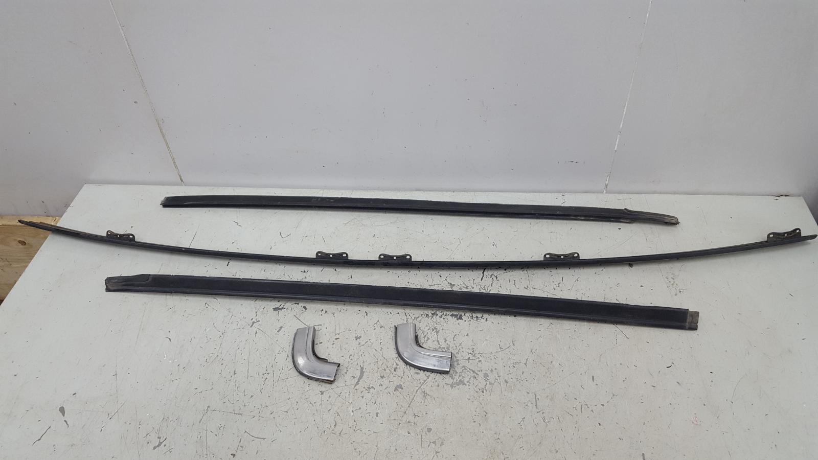 Хром, никель молдинг заднего стекла Toyota Sprinter AE81 3ALU 1.5Л 1986