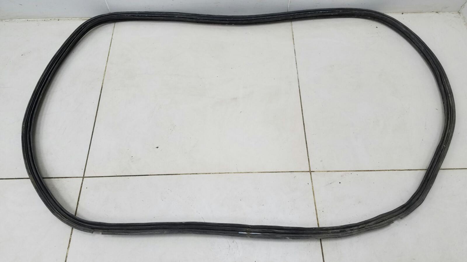 Уплотнительная резинка багажника Kia Rio 1 DC A5D 1.5Л 2003