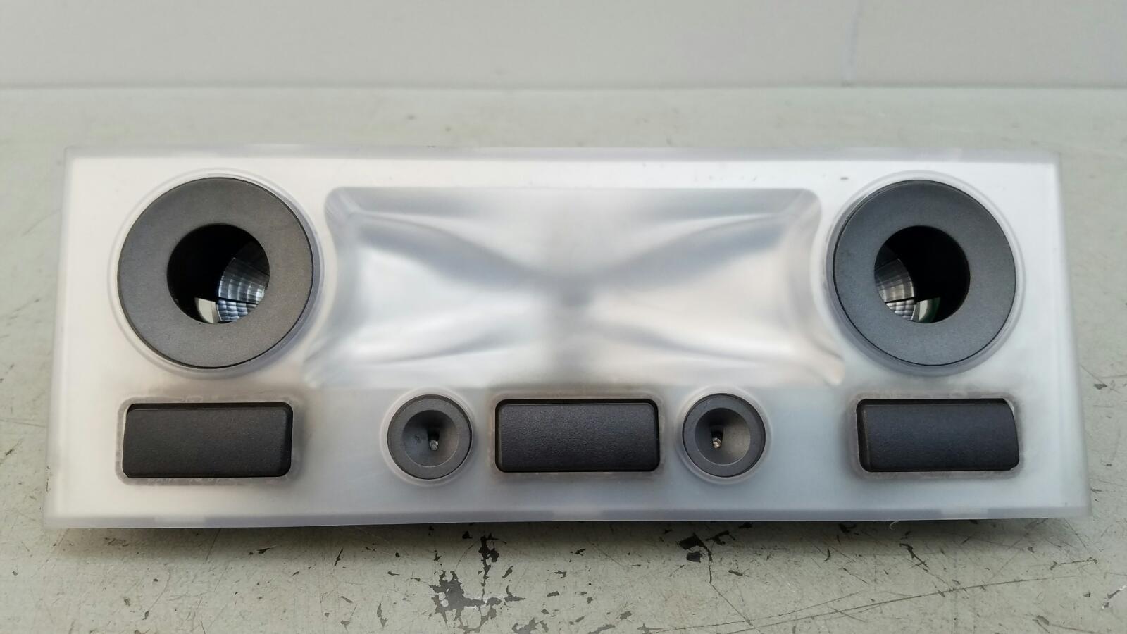 Плафон освещения Bmw 745 I Li E65 N62 2001