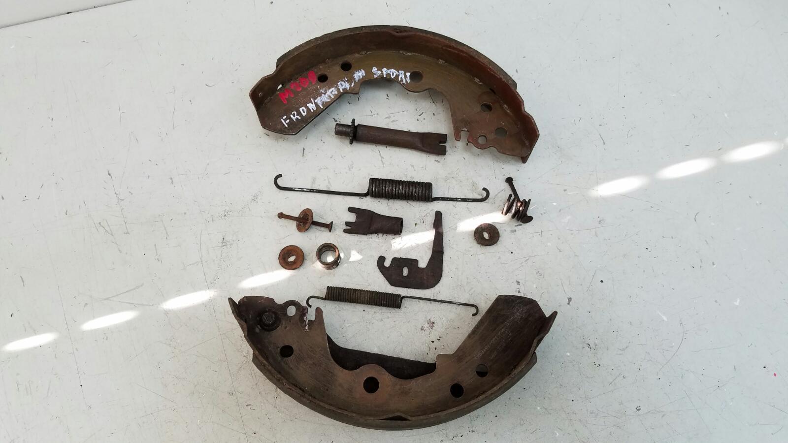 Механизм развода колодок ручника Opel Frontera A Sport 5SUD2 C20NE 2.0Л 1993 задний