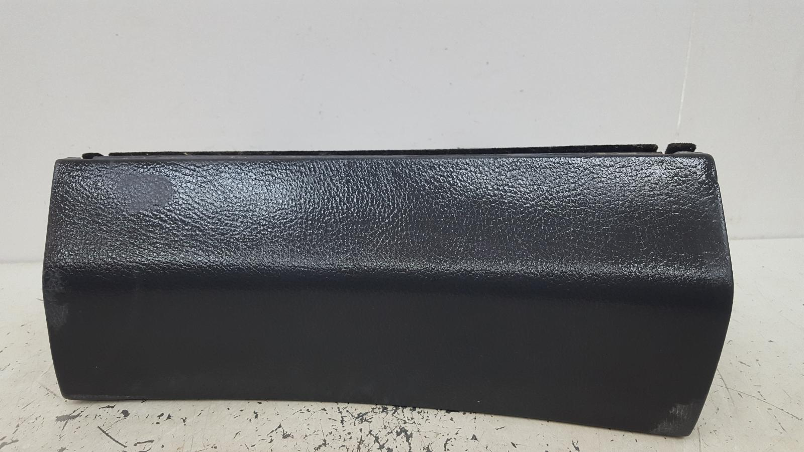 Бардачок Mercedes S500 W220 M113.960 2001
