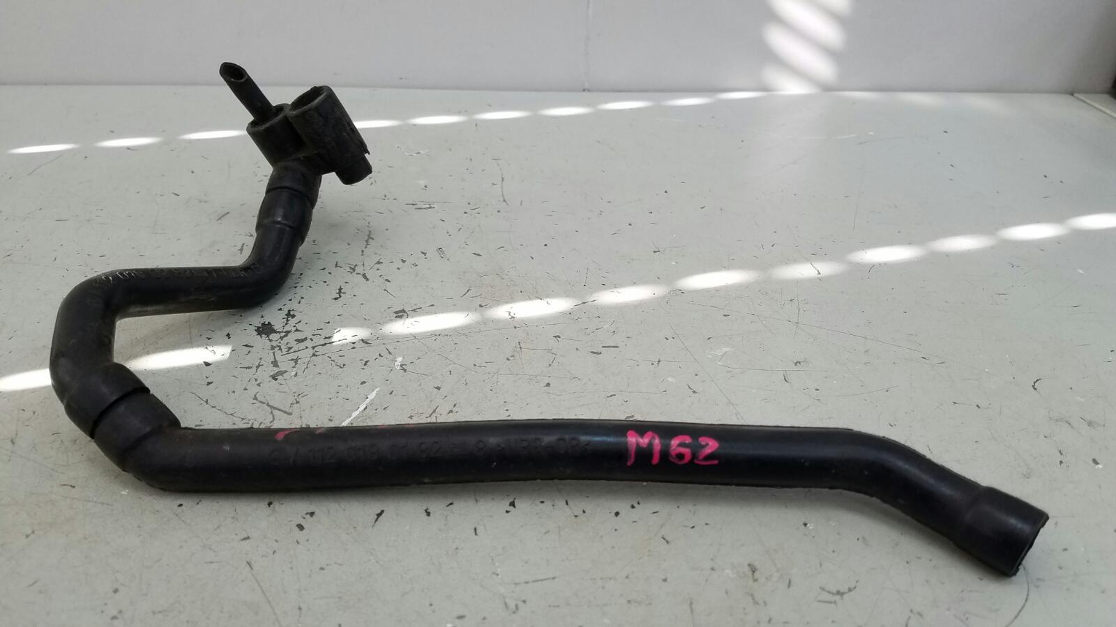Патрубок картерных газов Mercedes S320 W220 M112.944 2001