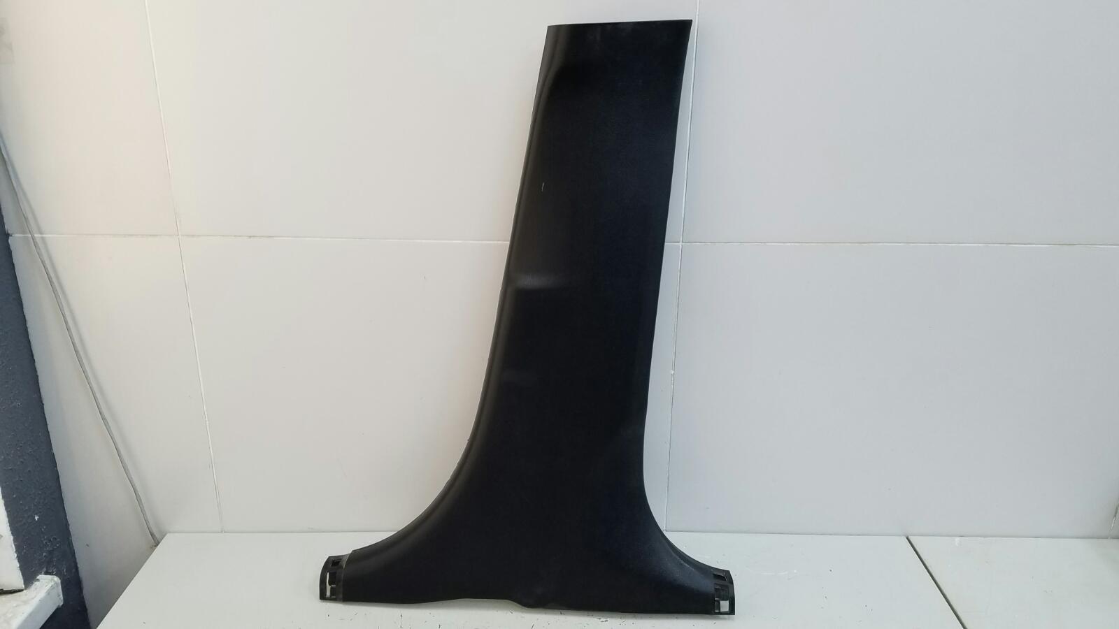 Накладка средней стойки Hyundai Solaris RB G4FC 1.6Л 2012 правая