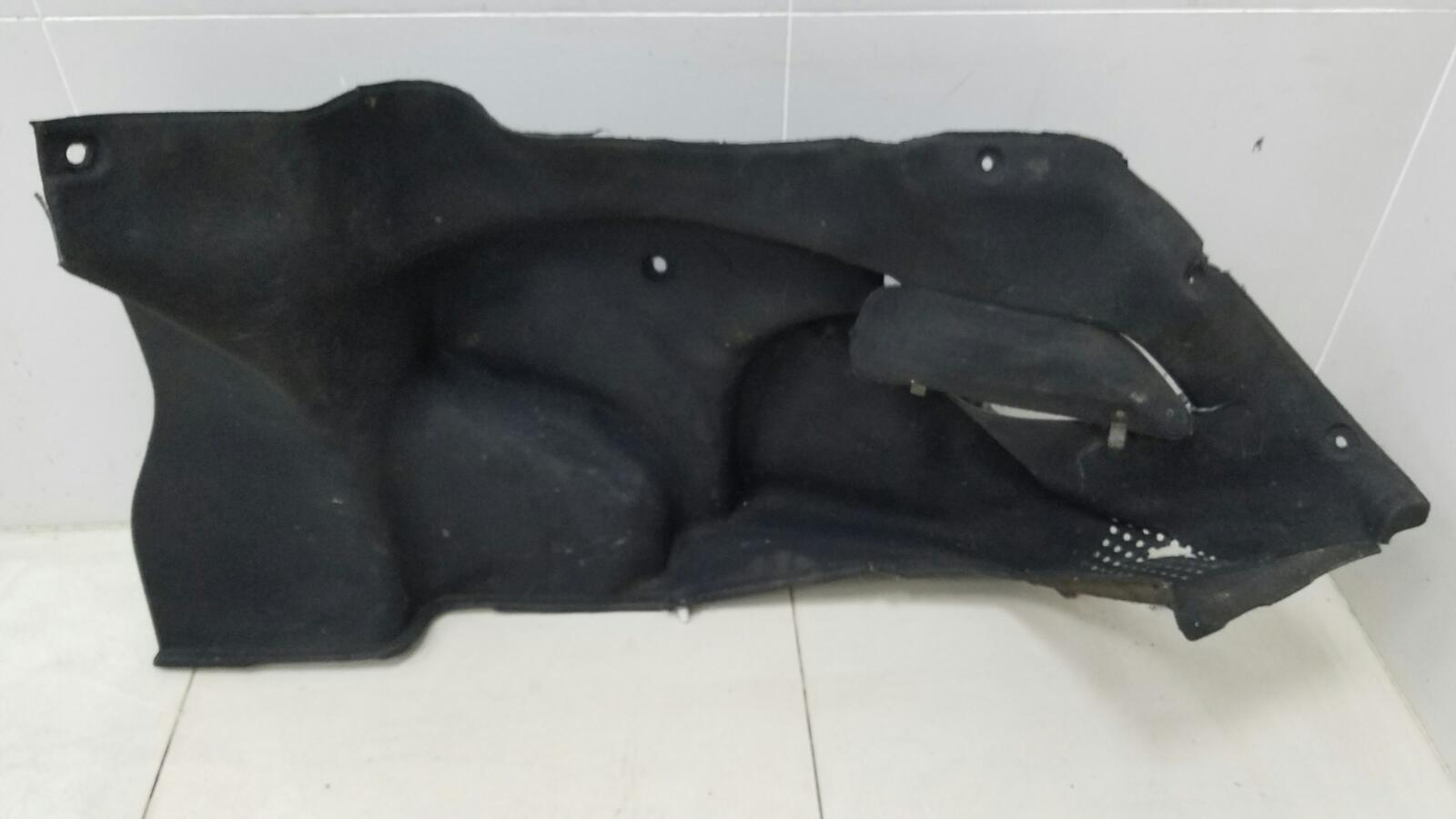 Обшивка багажника Hyundai Solaris RB G4FC 1.6Л 2012 задняя правая