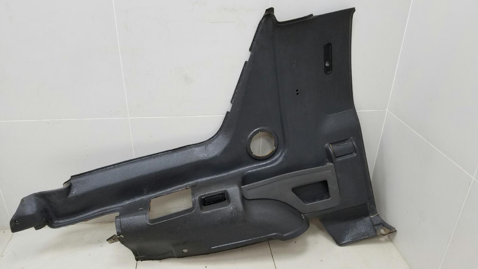 Обшивка багажника Opel Frontera A Sport 5SUD2 C20NE 2.0Л 1993 задняя левая