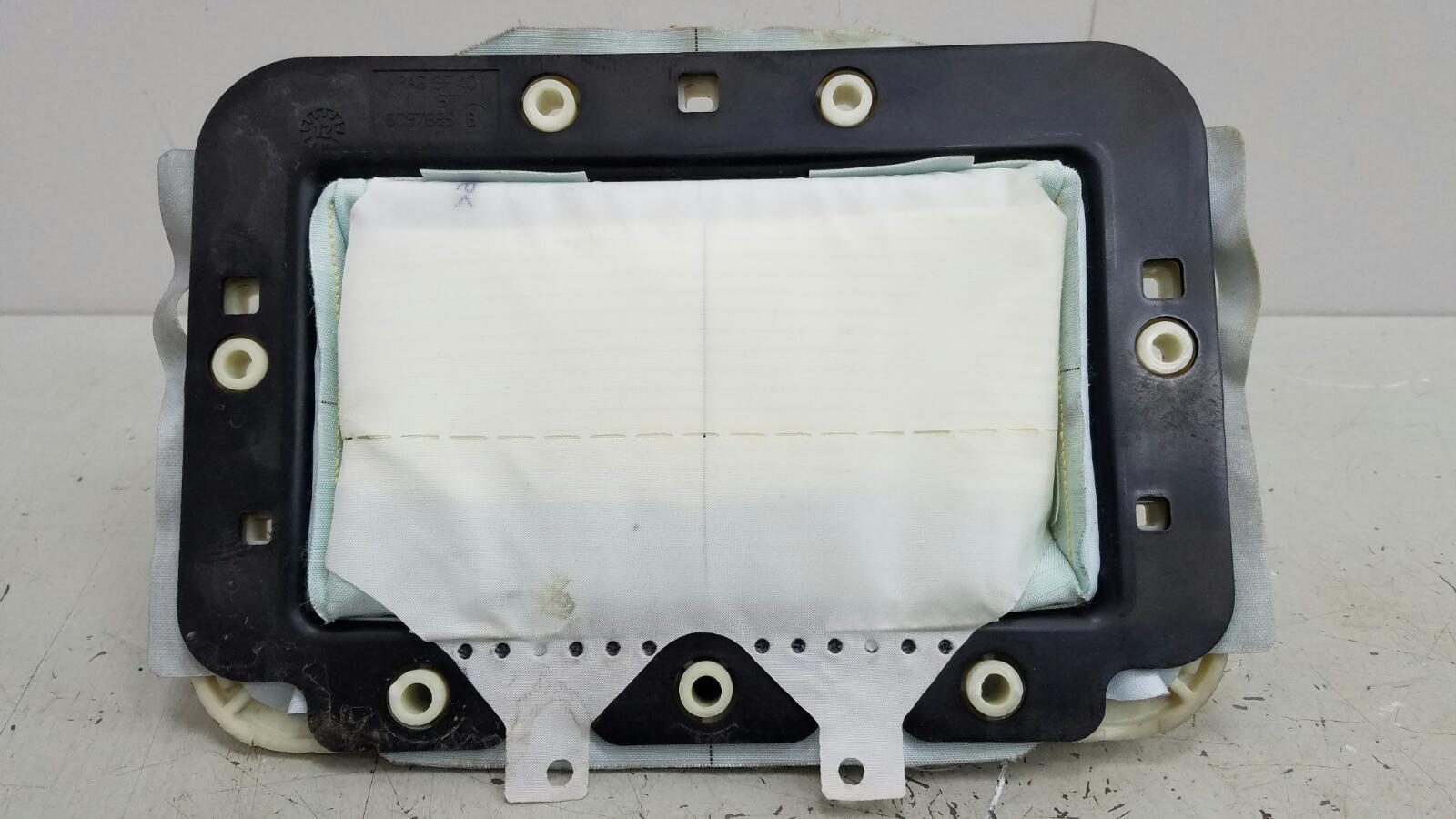 Подушка безопасности пассажира srs airbag Renault Fluence L30 K4M 2012