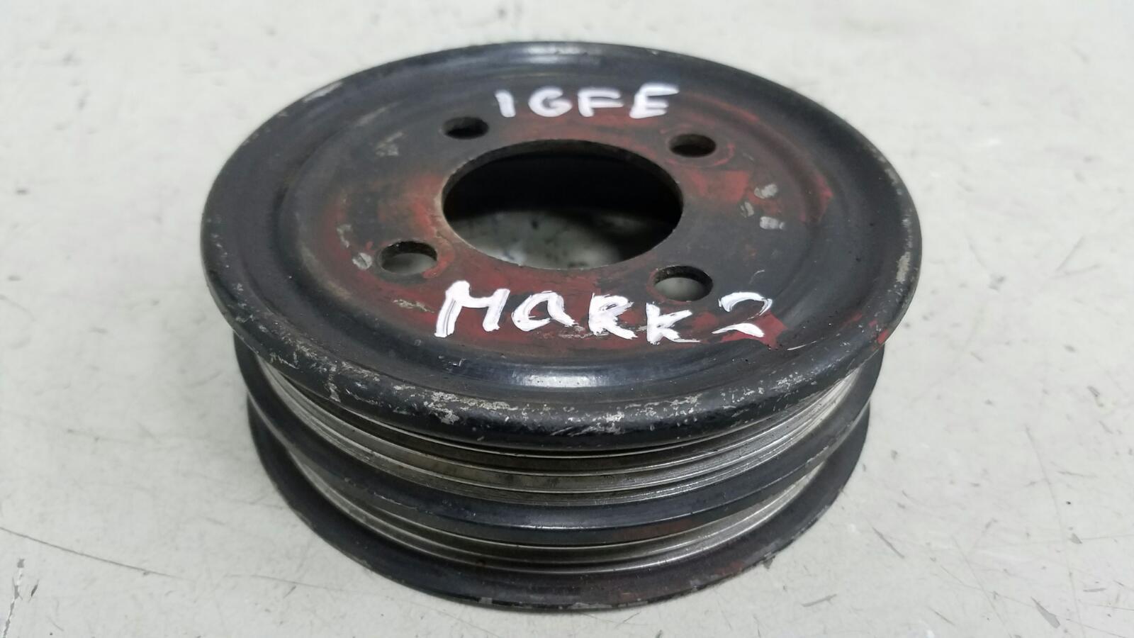Шкив помпы гура насоса гидроусилителя Toyota Mark 2 GX100 1GFE