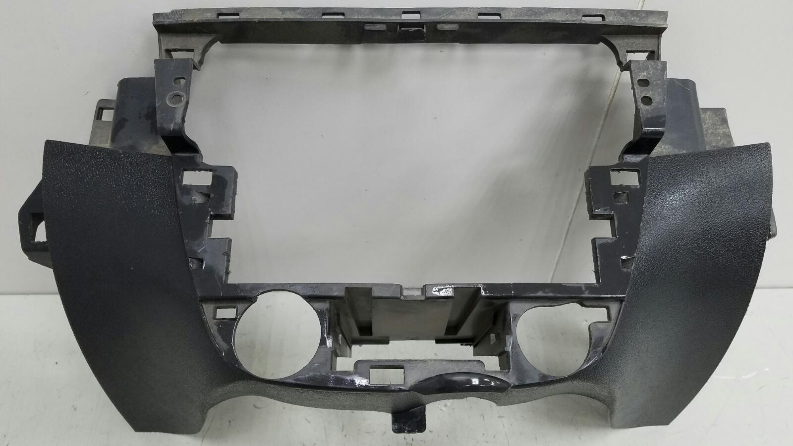 Накладка торпеды Renault Fluence L30 K4M 2012