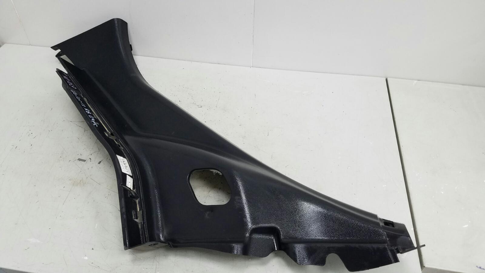 Обшивка стойки Hyundai Solaris RB G4FC 1.6Л 2012 задняя левая