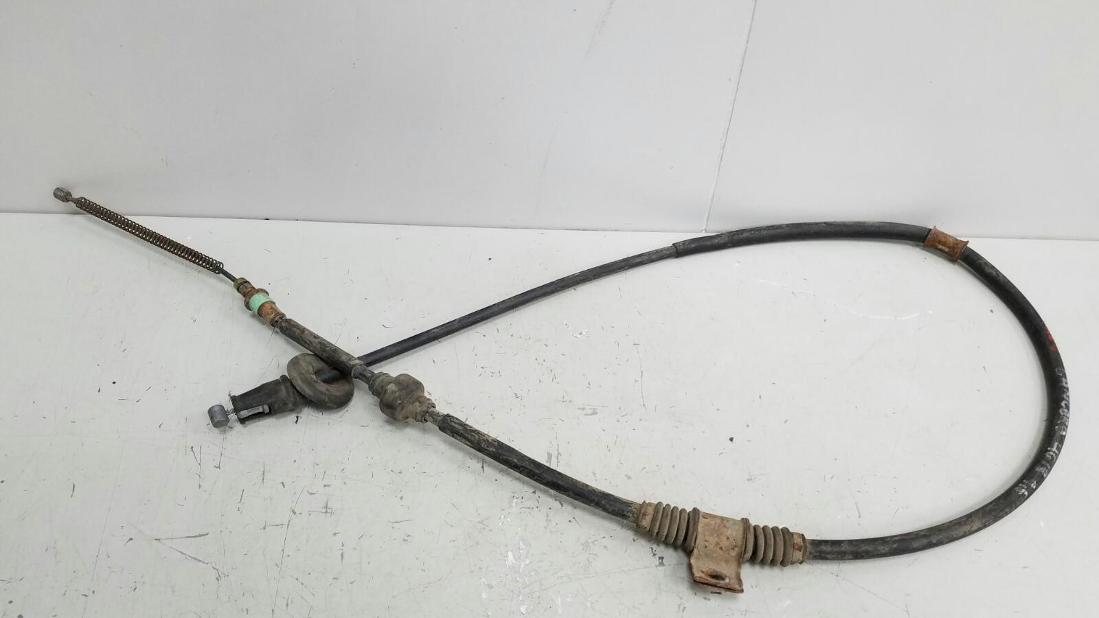Трос ручного стояночного тормоза ручника Mitsubishi Galant EA A 4G93 1999