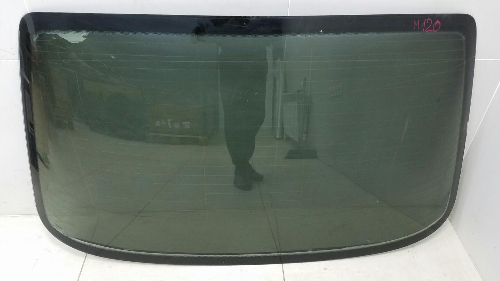 Стекло заднее Mercedes C280 W202 M104.941 1998