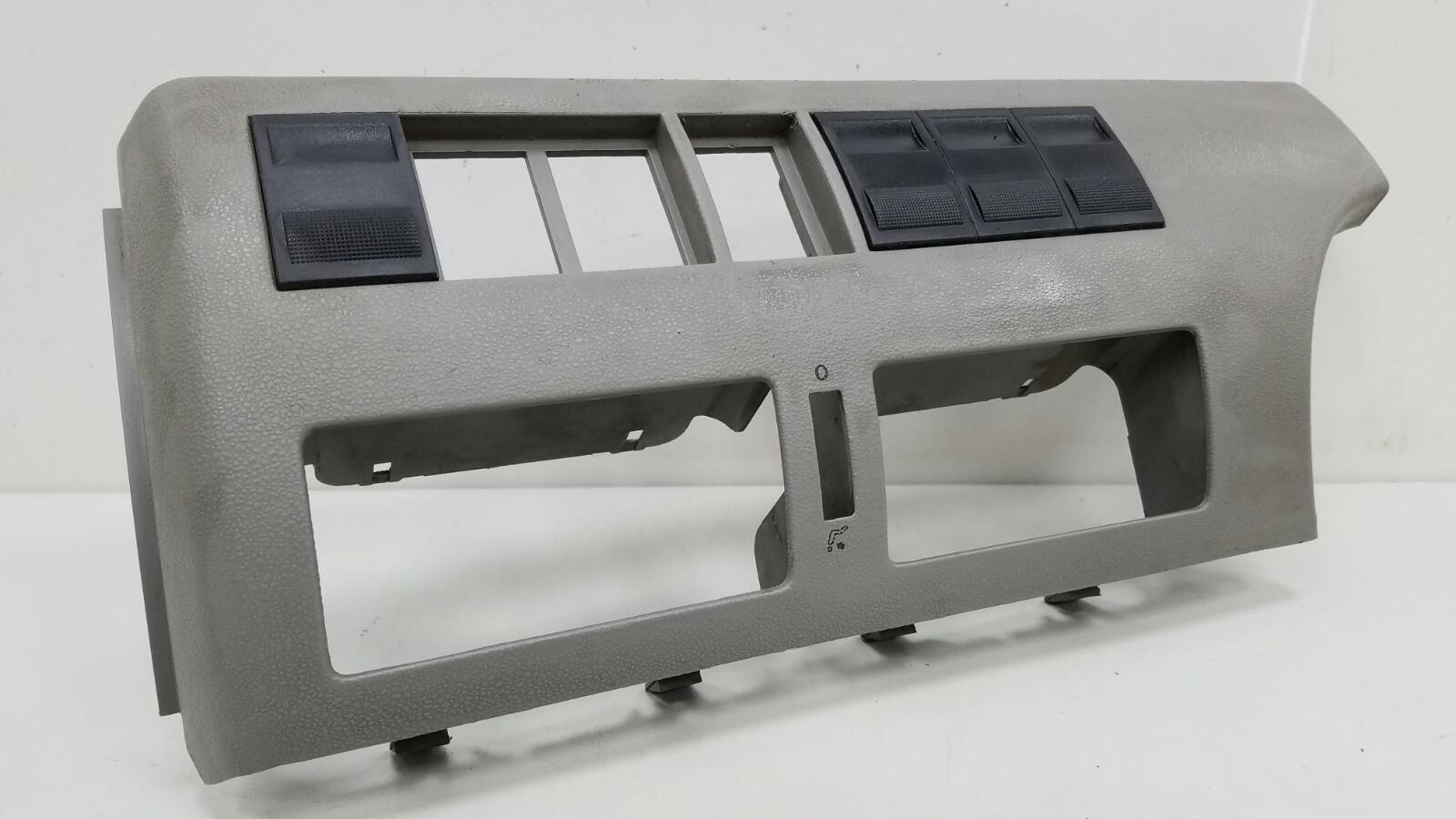 Накладка торпеды Volkswagen Pointer 3 5X1 BJR 1Л 2005
