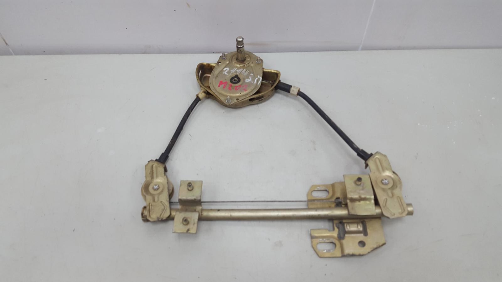 Стеклоподъемник механический Ваз Лада Самара 2 21140 2111 1.5Л 8КЛ 2006 задний правый