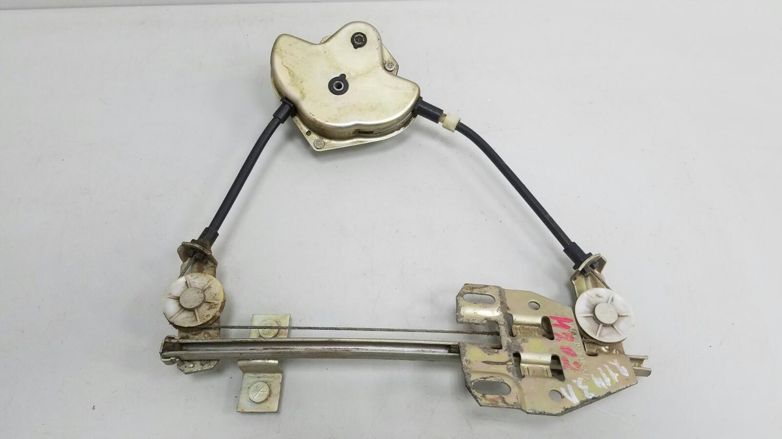 Стеклоподъемник механический Ваз Лада Самара 2 21140 2111 1.5Л 8КЛ 2006 задний левый