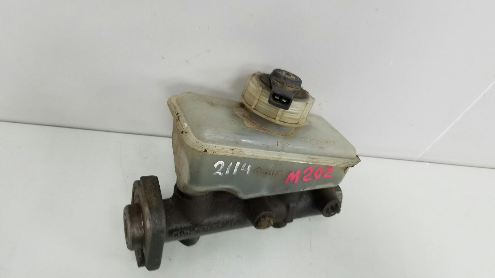 Главный тормозной цилиндр гтц Ваз Лада Самара 2 21140 2111 1.5Л 8КЛ 2006