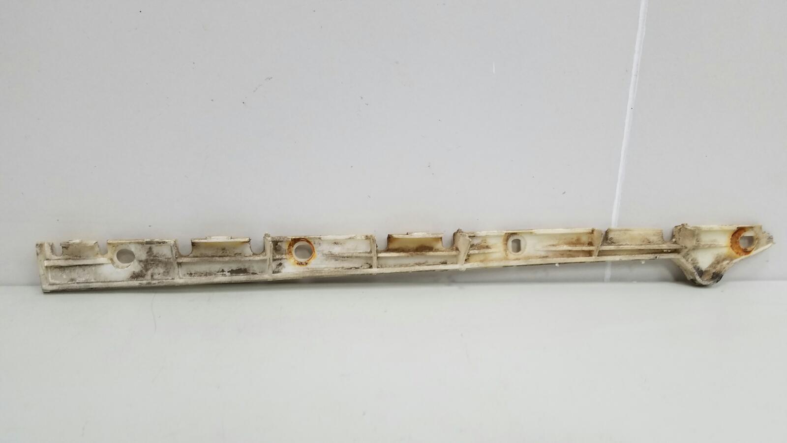 Кронштейн крепление бампера Rover 75 RJ 18K4F 1.8Л 2000 задний правый
