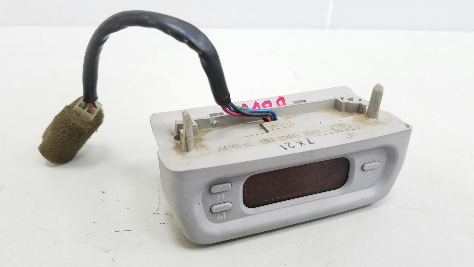 Часы Daewoo Nubiro KLAJ X20SED 2.0Л 1999