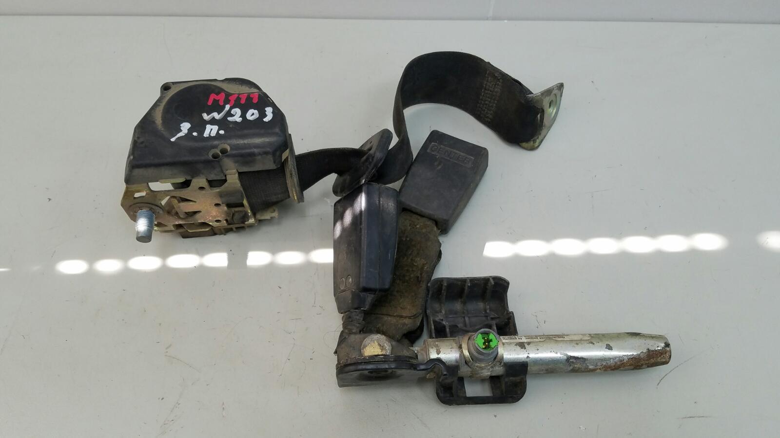 Ремень безопасности Mercedes C200 Kompressor W203 M111.955 2000 задний правый