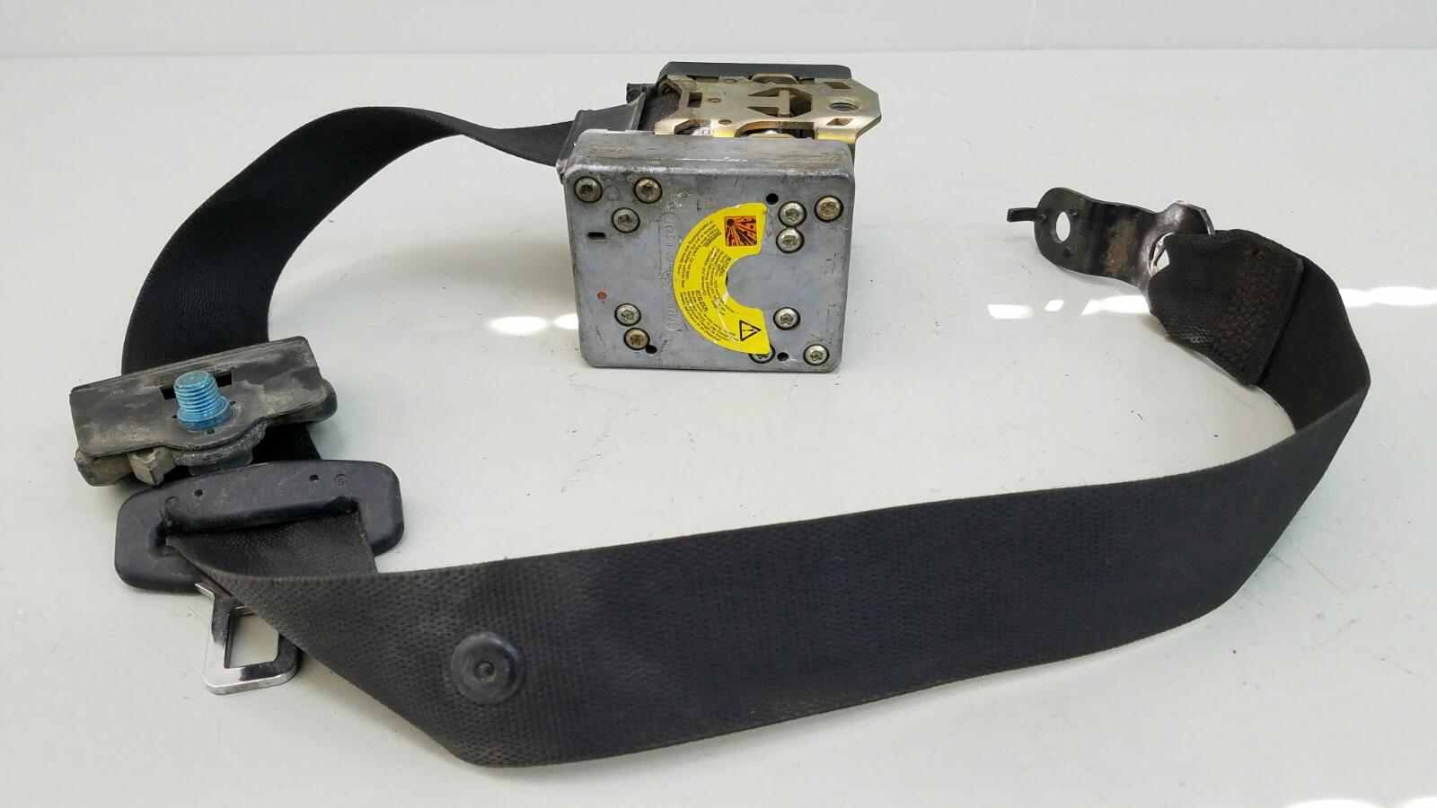 Ремень безопасности с пиропатроном Mercedes C200 Kompressor W203 M111.955 2000 передний левый