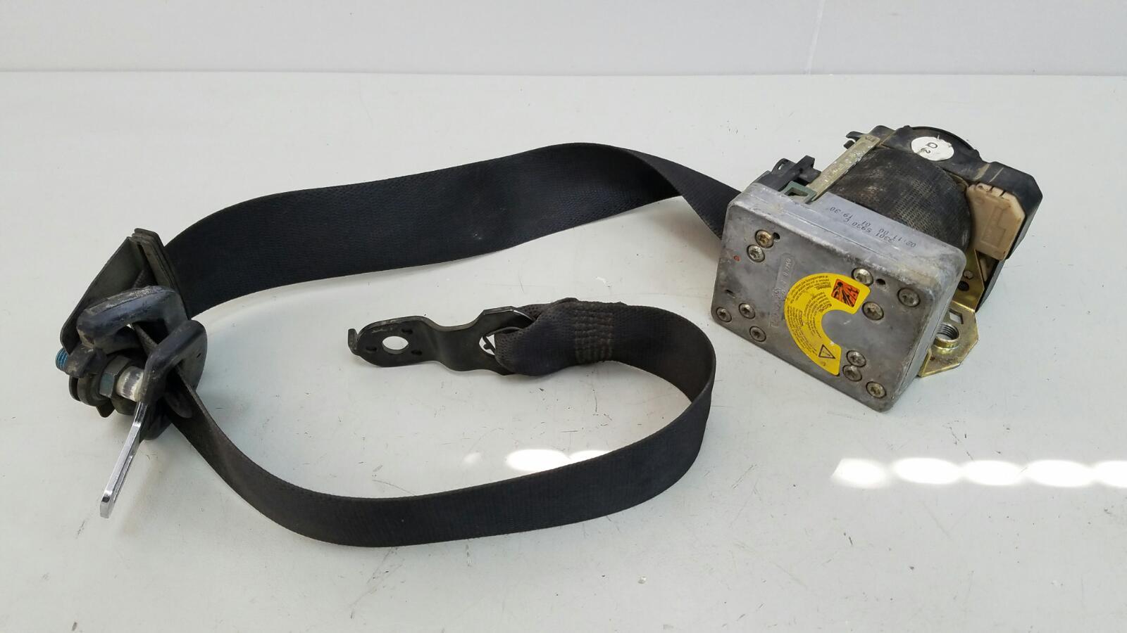 Ремень безопасности с пиропатроном Mercedes C200 Kompressor W203 M111.955 2000 передний правый