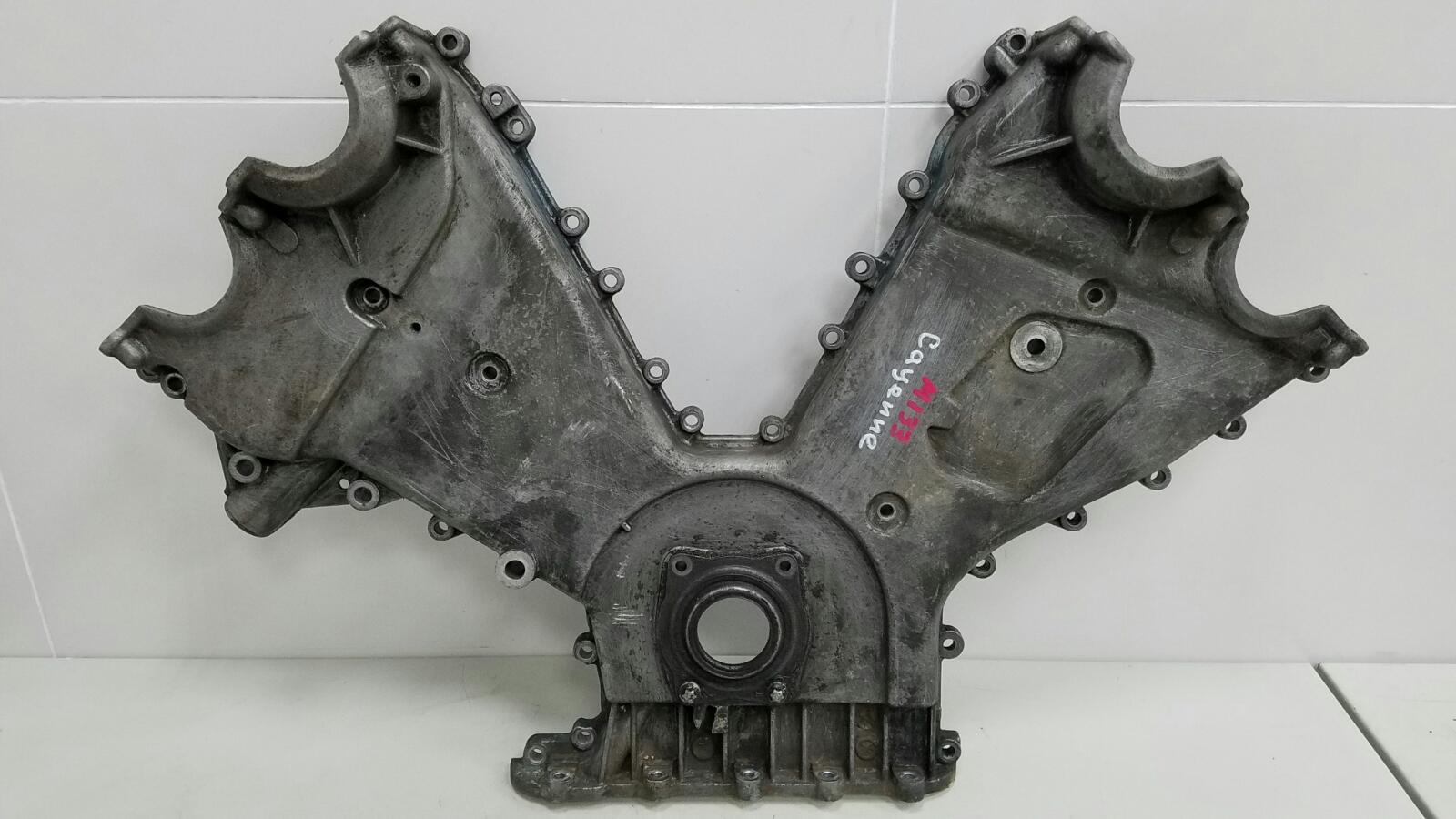 Крышка двигателя двс Porshe Cayenne 955 M48.00 2004