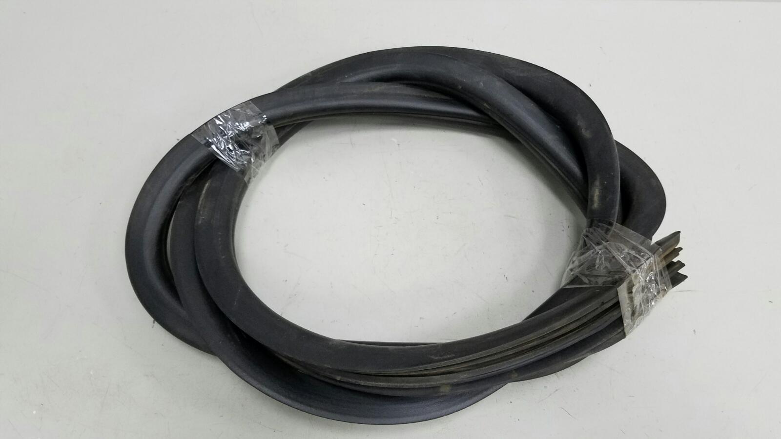 Уплотнительная резинка проема двери Lifan Breez 520 LF479Q3 2008 задняя правая