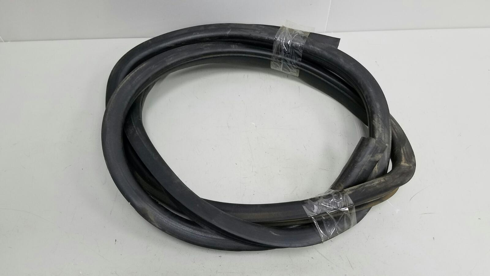 Уплотнительная резинка проема двери Lifan Breez 520 LF479Q3 2008 задняя левая