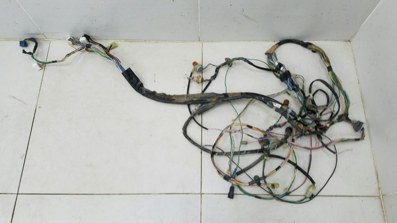 Проводка шлейф коса салона Daihatsu Storia M100S EJ 1Л 2003 задняя