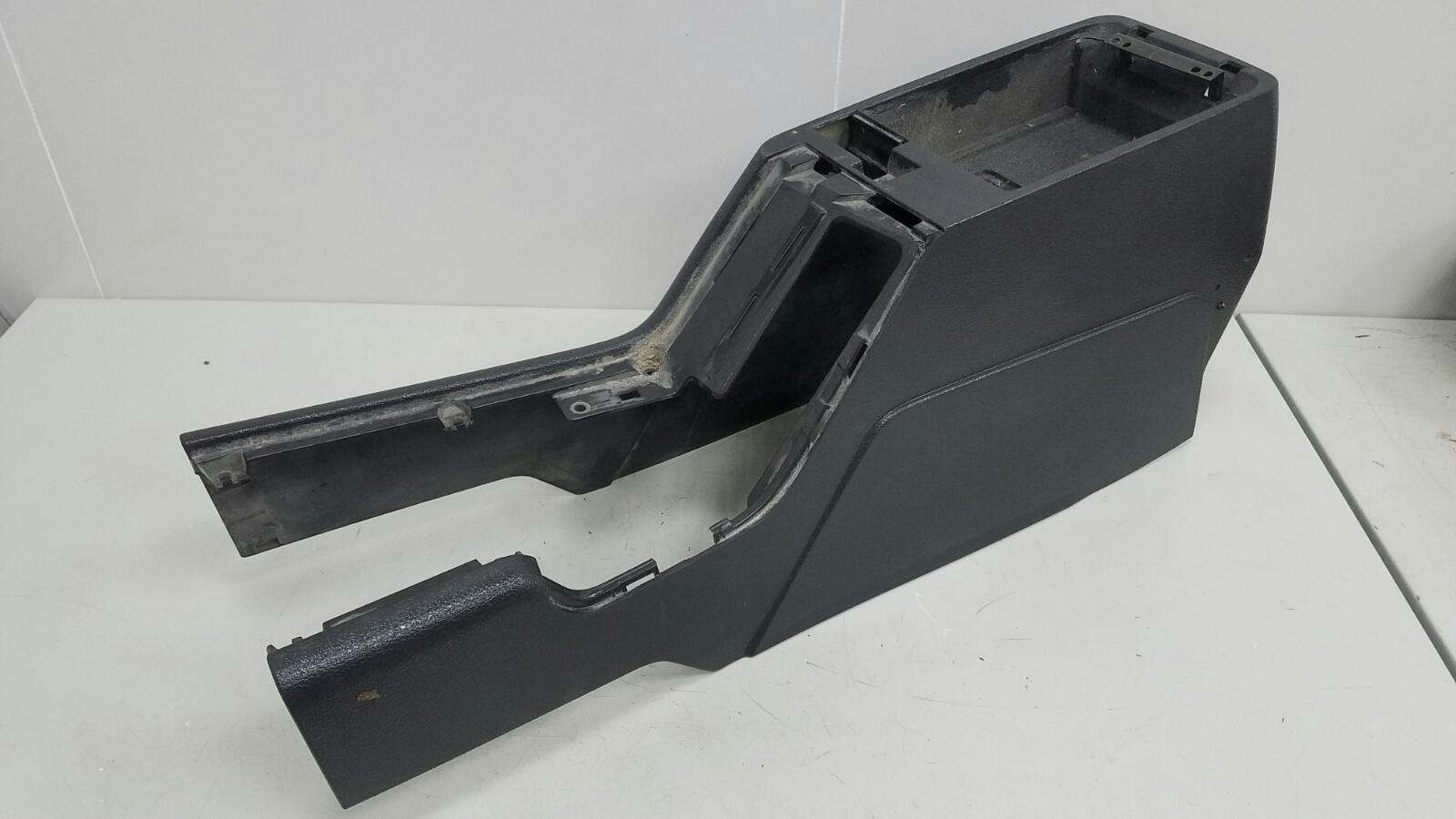 Консоль между сидениями Volvo C70 Купэ NK B5234T3 2001г