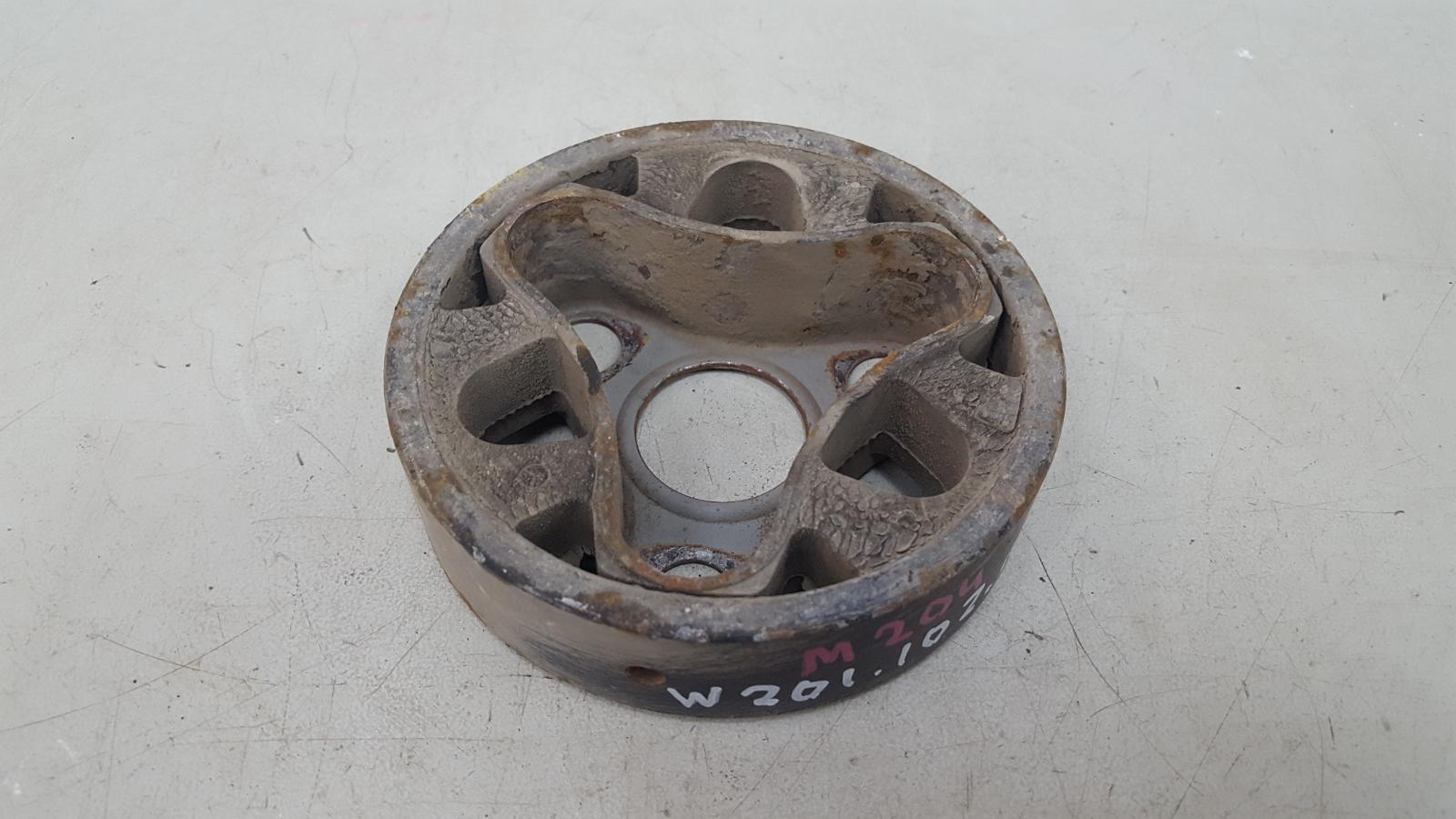 Муфта кардана эластичная Mercedes A190 W201 M102.961 2.0Л 1984 правая