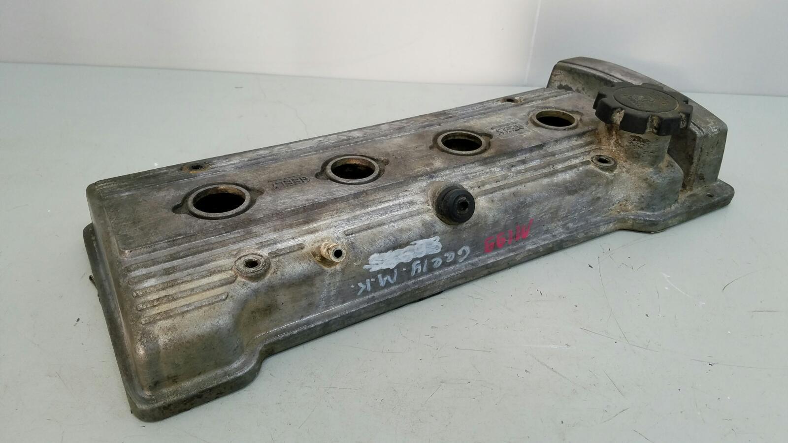 Крышка клапанная головки блока цилиндров гбц Geely Mk MR479QA 1 2012