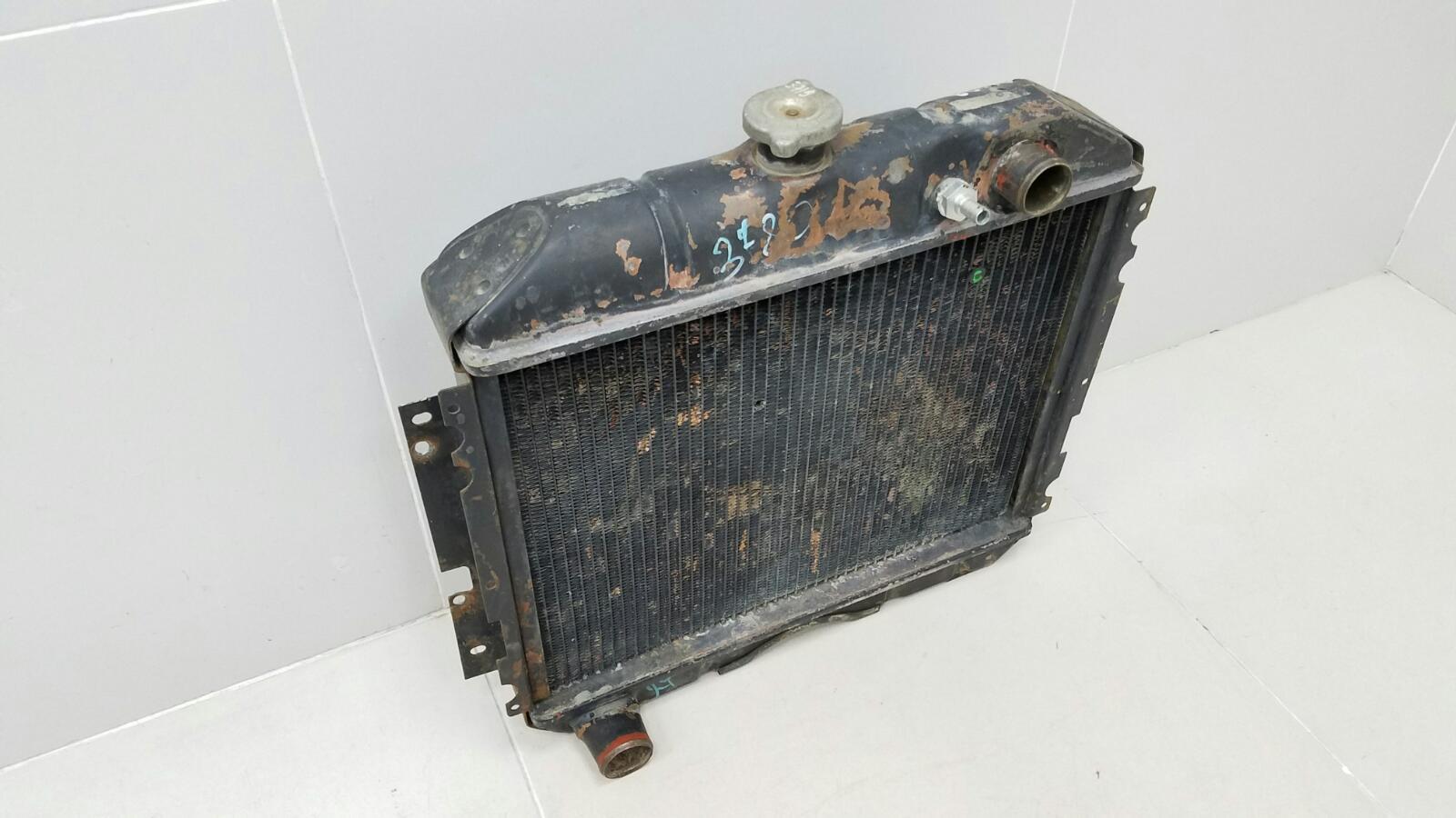 Радиатор охлаждения двс Газ Волга 31029