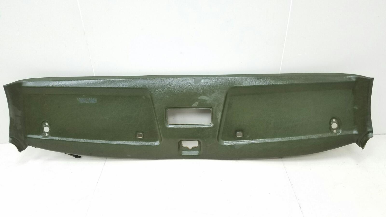 Обшивка потолка Mercedes A190 W201 M102.961 2.0Л 1984