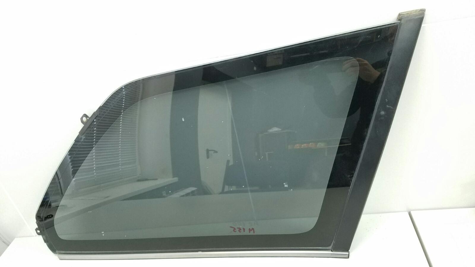 Стекло кузовное глухое Toyota Corolla AE100G 5A-FE 1996 заднее правое