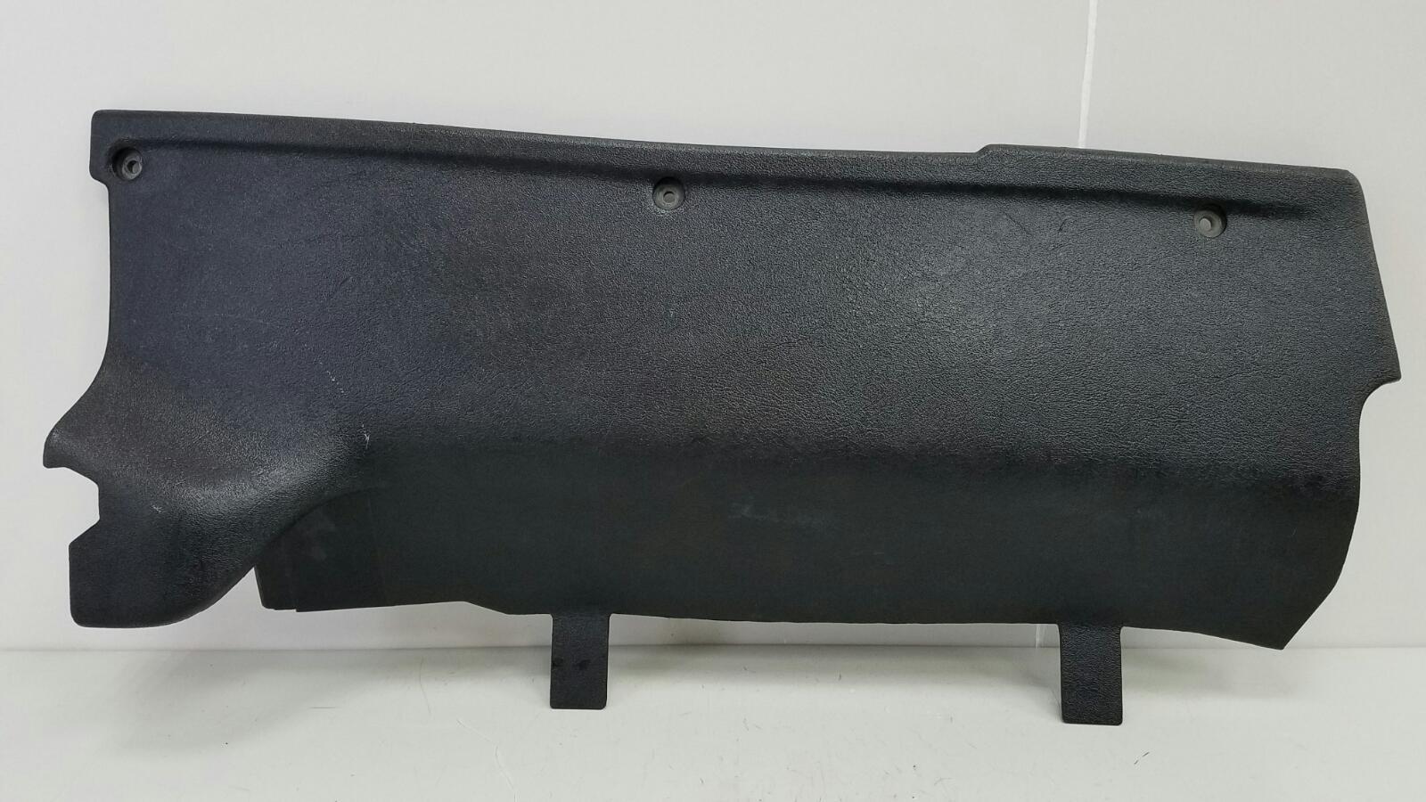 Накладка торпеды Mercedes A190 W201 M102.961 2.0Л 1984 передняя правая