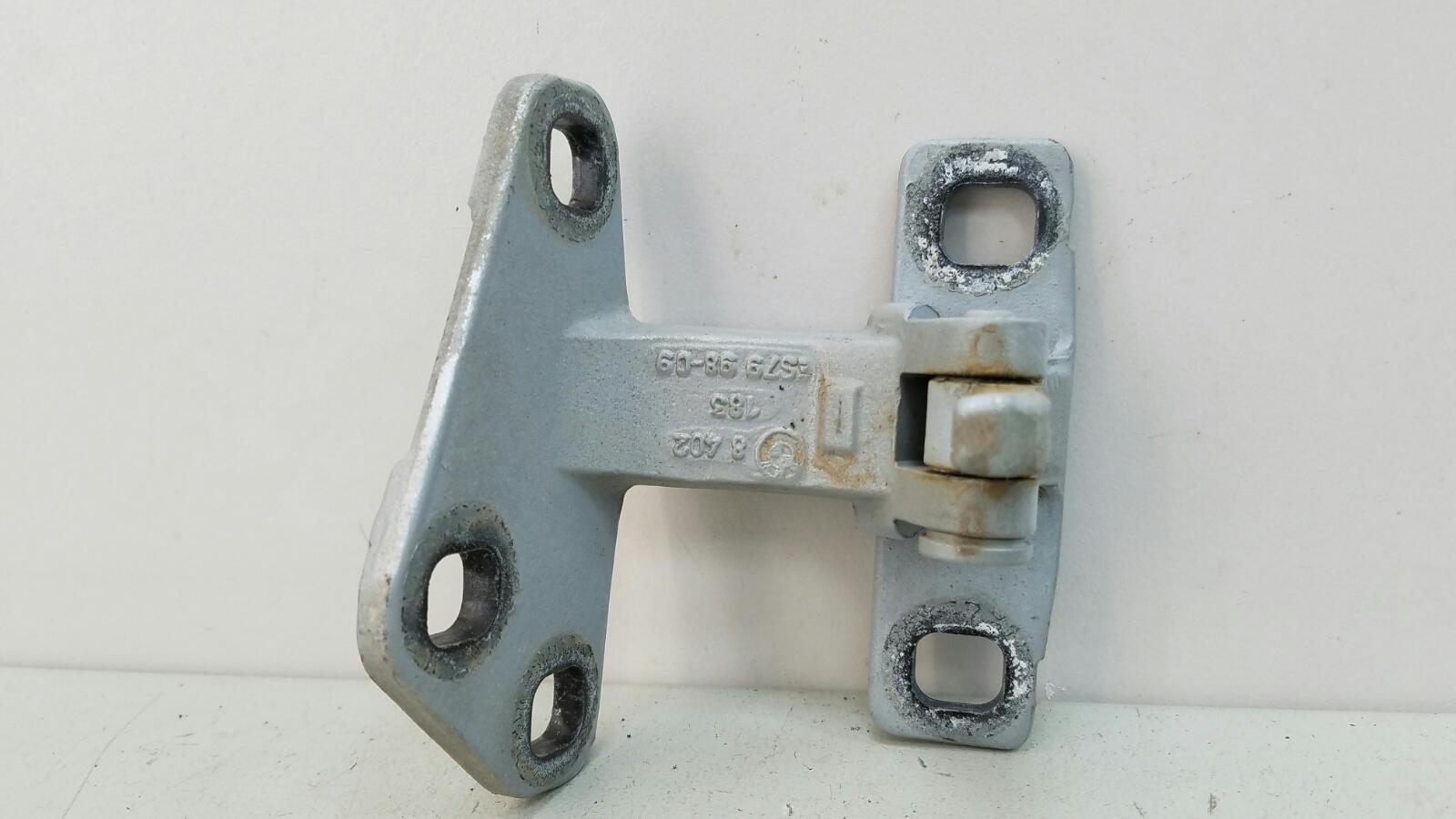 Петля двери Bmw X5 E53 M62 1999 задняя правая