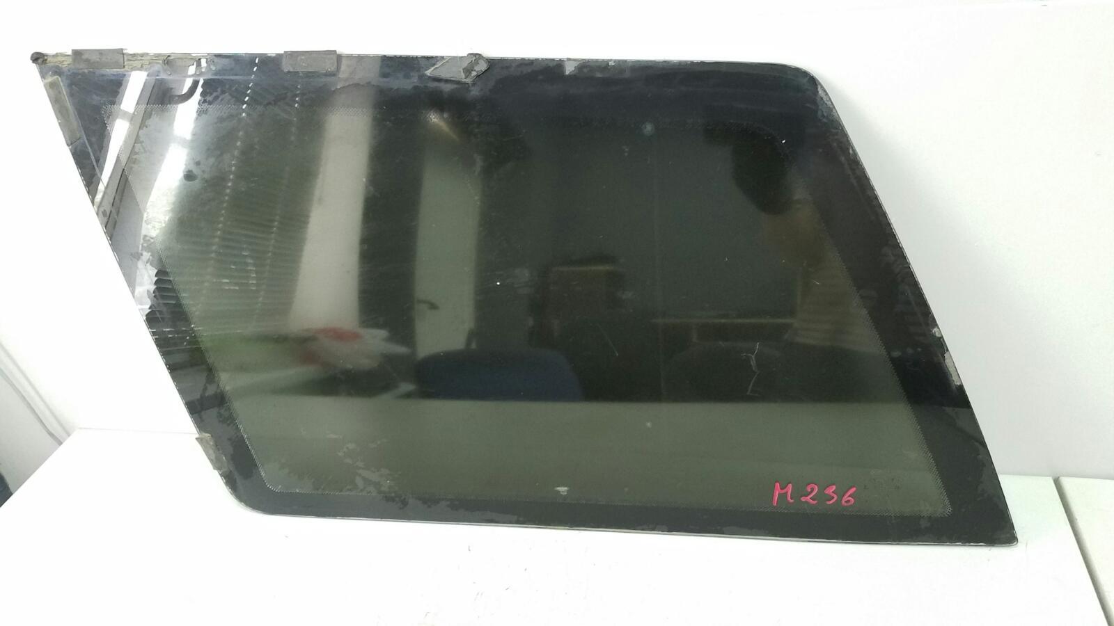 Стекло двери Ваз Лада 111 2111 2005 заднее левое