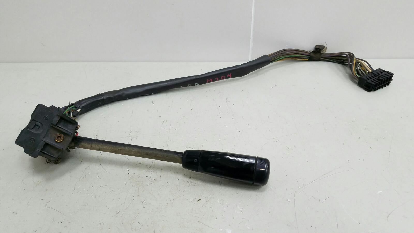 Переключатель дворников Mercedes A190 W201 M102.961 2.0Л 1984