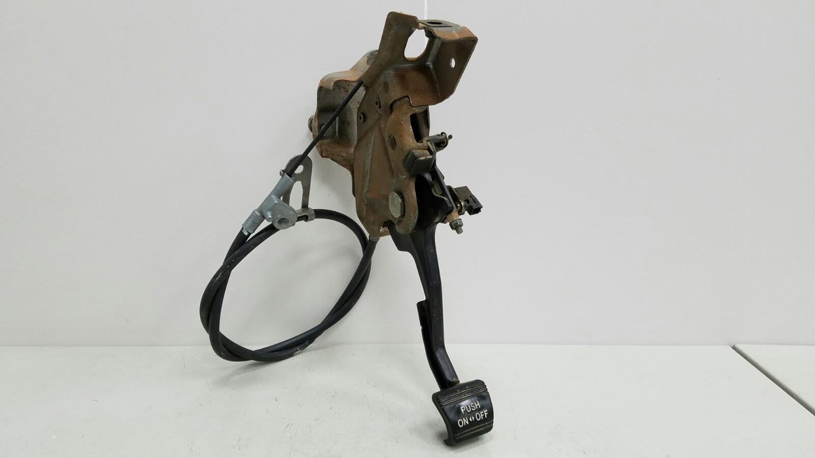 Педаль стояночного тормоза ножник Toyota Prius XW10 1NZ-FXE 1998г