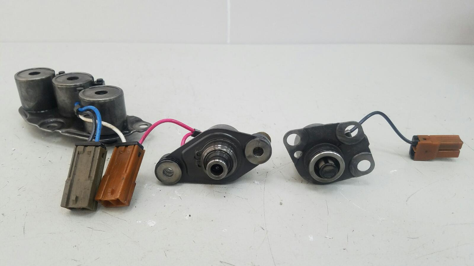 Соленоид акпп (электромагнитный клапан) Nissan Pathfinder R50 VG33E