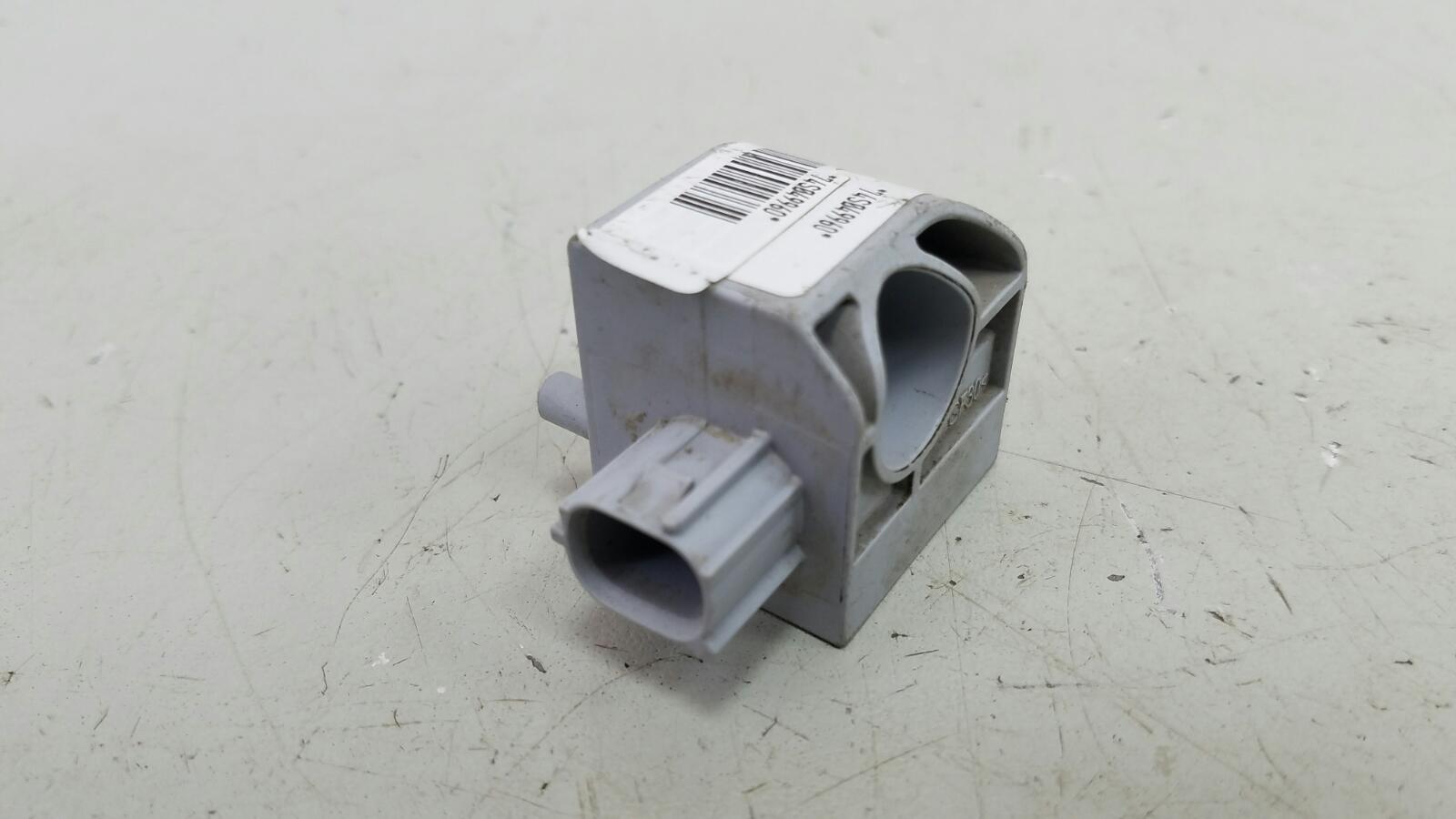 Датчик удара srs airbag Suzuki Sx4 GYA M16A 2012