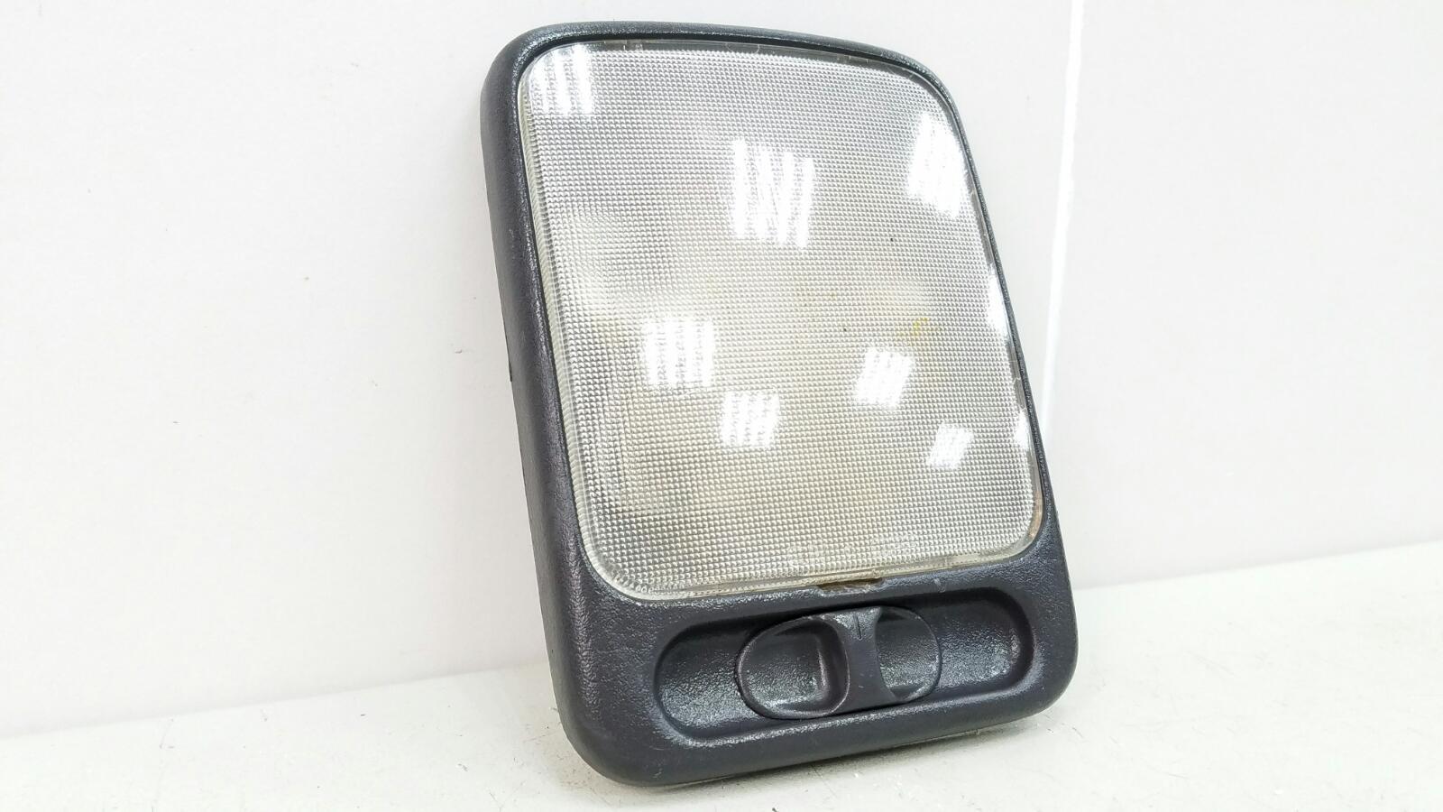 Плафон освещения Nissan Maxima A32 VQ20DE 1997