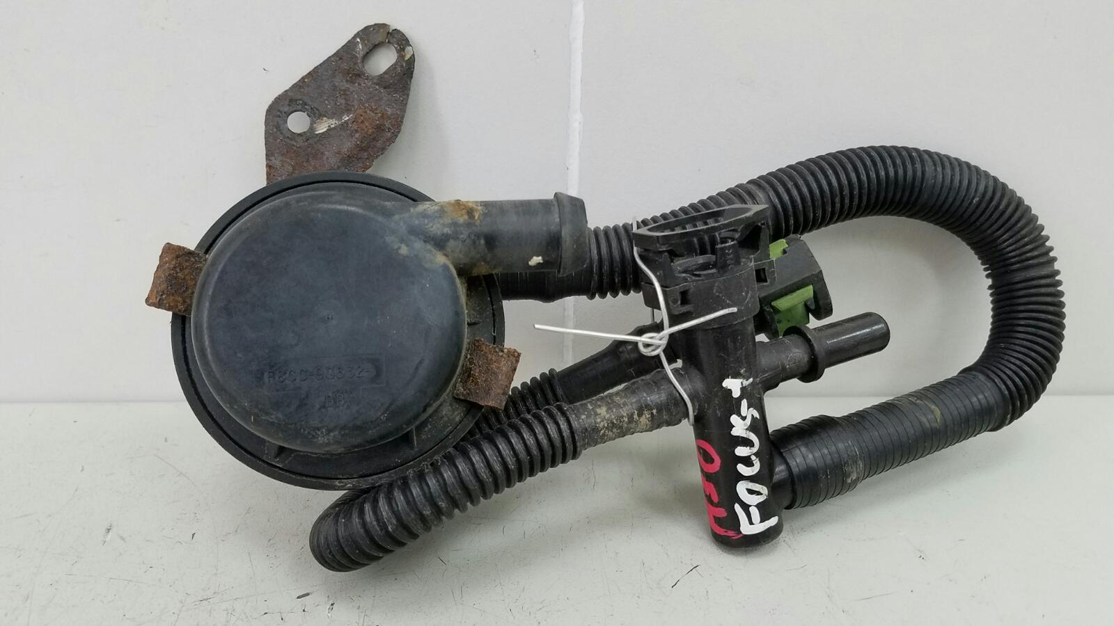 Клапан воздушный обратный Ford Focus 1 DNW EDDC 2000