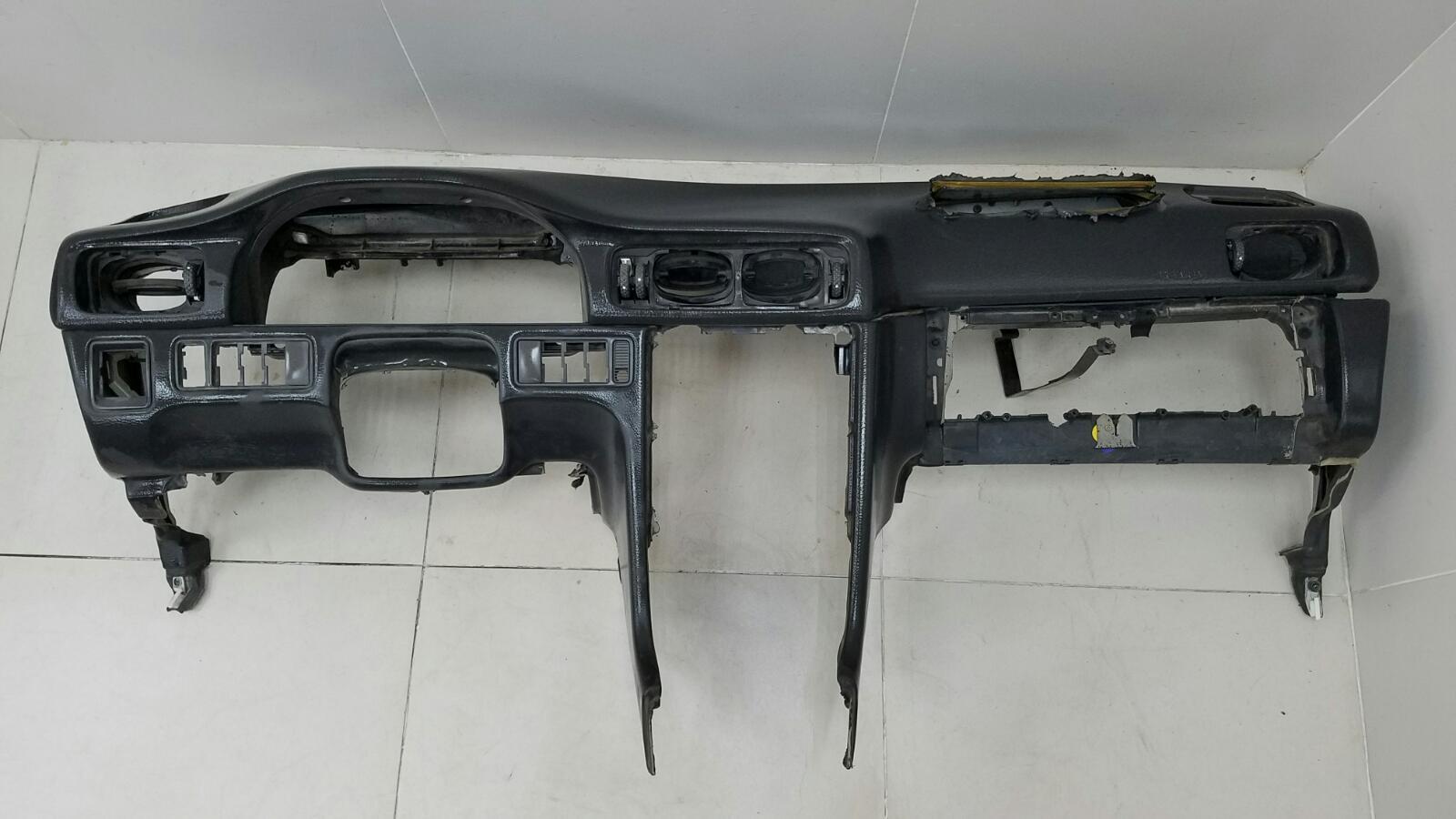 Торпеда панель Volvo C70 Купэ NK B5234T3 2001г