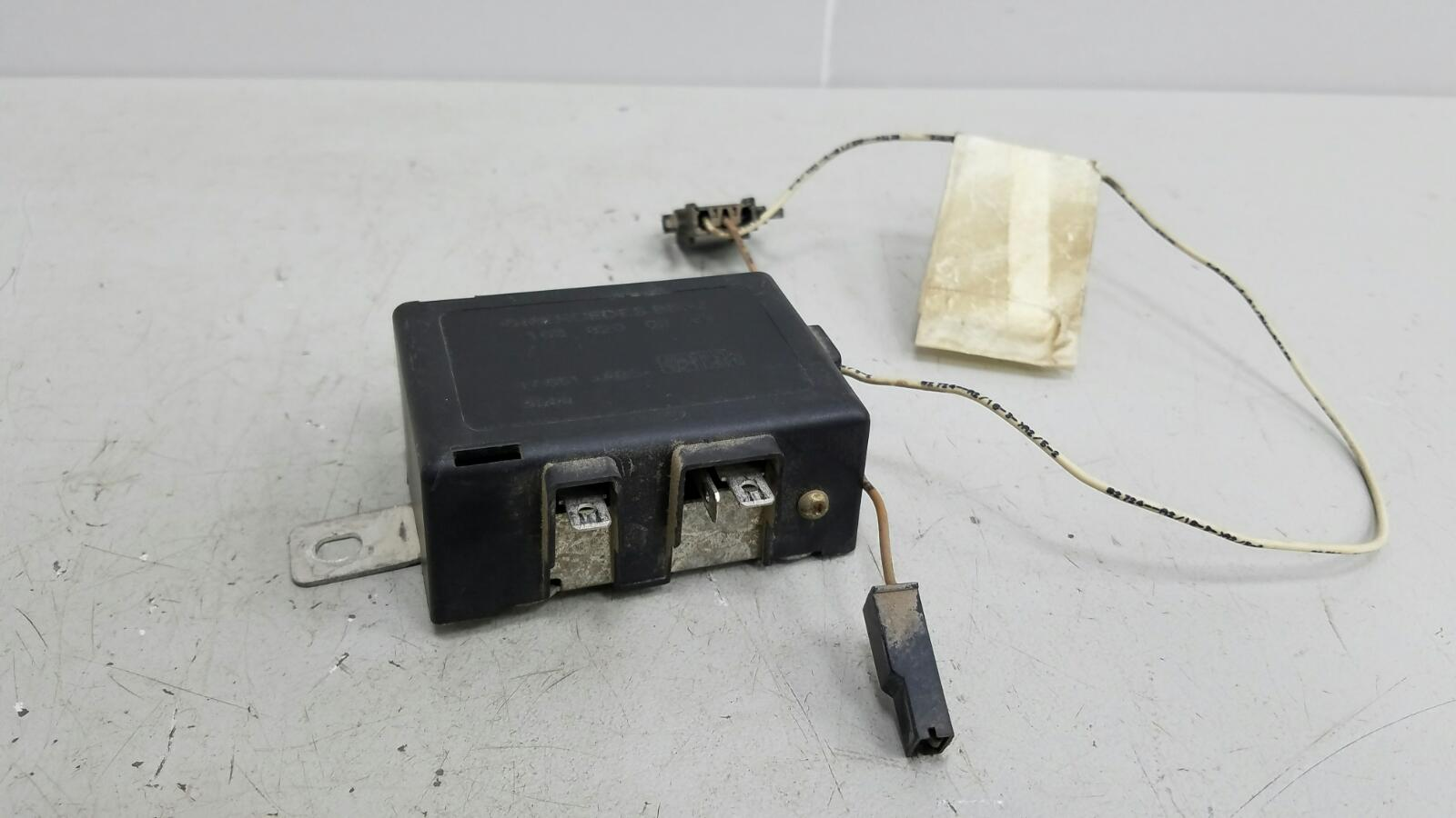Усилитель антенны Mercedes Ml430 W163 M113.942 1999